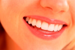 歯の着色の原因